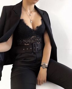 HVAC When you are about me you live and breathe clothing. She becomes Club Outfits breathe Clothing HVAC Live Dope Outfits, Classy Outfits, Chic Outfits, Fashion Outfits, Womens Fashion, Fashion Trends, Classy Going Out Outfits, Fashion Pics, Girly Outfits