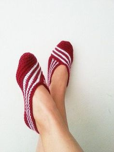 Items similar to Claret red Healthy Booties Home slippers Dance classic yoga sexy hygienic light Naturel yoga,socks,halloween on Etsy Knitted Slippers, Crochet Slippers, Knit Crochet, Knitting Socks, Free Knitting, Baby Knitting, Yoga Socks, Booty, Etsy