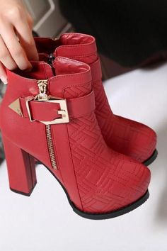 fad060569ca4 Women s Pure Color High Heel Thick Heel With Side Zippers Buckle Boots
