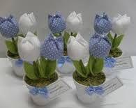 lembrancinha tecido에 대한 이미지 검색결과 Felt Crafts, Fabric Crafts, Diy And Crafts, Arts And Crafts, Paper Crafts, Felt Flowers, Diy Flowers, Fabric Flowers, Craft Projects