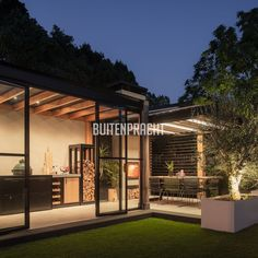 Building A Pergola, Deck With Pergola, Porch Veranda, Outdoor Kitchen Bars, Glass Room, Wood Architecture, Garden Office, Pool Houses, Backyard Landscaping