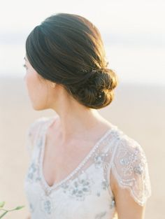 simple bun, wedding hair idea.