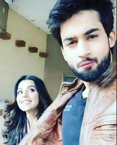 Pakistani Models, Pakistani Girl, Pakistani Dramas, Cute Couples Goals, Couple Goals, Bilal Abbas Khan, Handsome Man, Celebs, Celebrities