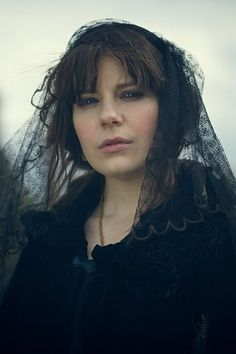 BBC Two - Peaky Blinders - Esme Shelby (Aimée-Ffion Edwards)
