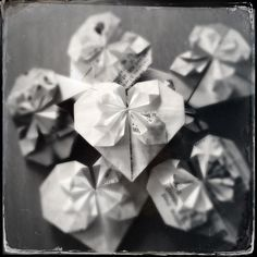 Origami hearts from old receipts #upcycling #origami