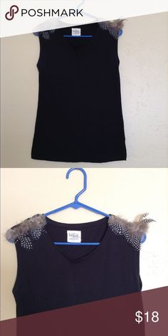 ❤️Zara Feather Top❤️ Excellent condition. Short sleeve, feathers on the shoulders. Black. Size small. Zara Tops Tees - Short Sleeve