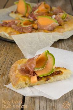 Pizza bianca con Crudo e Melone
