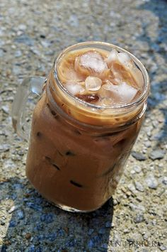 One of my fave shoe gals, @Bren Herrera spotlights the perfect iced espresso.    http://www.flanboyanteats.com/cooking_recipes/iced-espresso-how-to-make-a-good-good-daily-coffee-drink