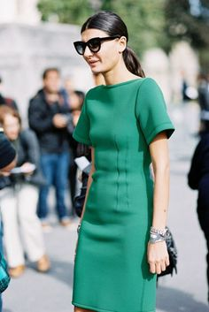 Tenues chic femme tenue chic et classe femme beauté et mode feminine robe vert