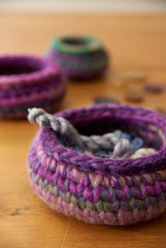 Simple and elegant, these pottery inspired mini crochet bowls are the perfect way to learn center single crochet. Also in this issue is a tutorial on this stitch.