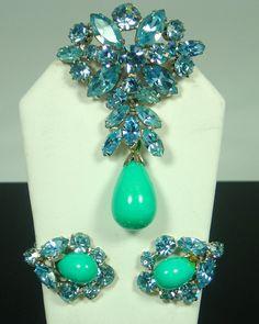 Regency Blue Rhinestone Faux Turquoise Brooch Set