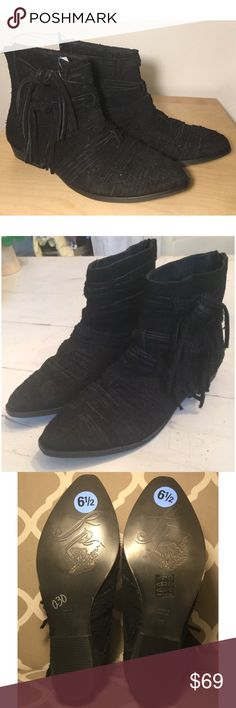 NWOB $178 Free People Black Suede Ankle Boots 6.5 New without box, size 37, distressed Suede with tassels Free People Shoes Ankle Boots & Booties