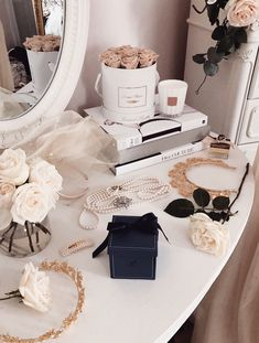 bedroom decor decor bedroom quotes bedroom decor decor for girls decor tray decor and bedding decor brown decor red and black Classy Aesthetic, White Aesthetic, Aesthetic Fashion, Vintage Makeup Vanities, Vanity Decor, Aesthetic Bedroom, Living Room Remodel, Dream Bedroom, Rich Girl Bedroom