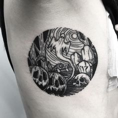 Halloween Tattoos for People who Live to Explore the Scary - Hike n Dip - - If you believe that Halloween is not just a festival but a lifestyle, then you should definitely get a Halloween tattoo. Here's the best Halloween tattoos. Black Tattoo Art, Dot Work Tattoo, Grey Tattoo, Dark Tattoo, Black Tattoos, I Tattoo, Samoan Tattoo, Polynesian Tattoos, Tattoo Drawings