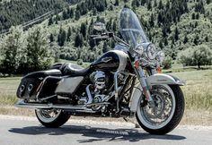 Touring Road King Classic Harley Davidson                                                                                                                                                                                 Plus