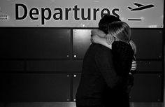 «...el dolor de la despedida presente entre nosotros ante la perspectiva de no vernos en los siguientes seis meses...»