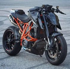 Jessica The Bike Lover ( Duke Motorcycle, Duke Bike, Ktm Duke, Motorcycle Store, Ktm Super Duke, Ktm Motorcycles, Kawasaki Bikes, Futuristic Motorcycle, Bike Photography