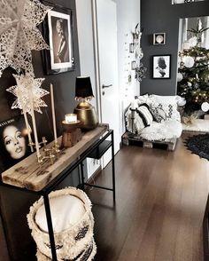 And videos house entrance, roomspiration, cozy room, exterior design, home Home Decor Bedroom, Living Room Decor, Flur Design, Apartment Makeover, Pinterest Home, Style Deco, Decoration Inspiration, Cozy Room, Home And Living