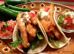 Taco Tuesday! Fish Tacos with Pico de Gallo and White Sauce http://hispanickitchen.com/fish-tacos-with-pico-de-gallo-and-white-sauce