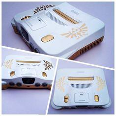 NINTENDO custom zelda triforce console white and gold Nintendo 3ds, Zelda Nintendo 64, Nintendo Decor, Nintendo Consoles, Nintendo Systems, Games Consoles, Playstation, Xbox, Geek Mode