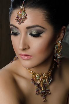 MUA by Amna Photography by Behram