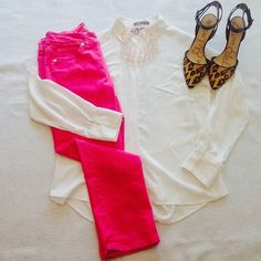 14 Days of Valentines. Day 5. A cute way to celebrate Valentine's Day without going too cutesy. Great pink pants from Nine West, classic white top from Sandra, cheetah print shoes from Sam Edelman. Finished off with a pale pink beaded necklace. #thriftscoring #thriftstore #valentinesday #valentinesdayoutfit #samedelman #ninewest #recycleitforward #pink #cuteshoes #cheetah