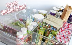 Encourage independence with your kiddos and their snack choices. Via Blooming Homestead: Back To School: Snack Organization