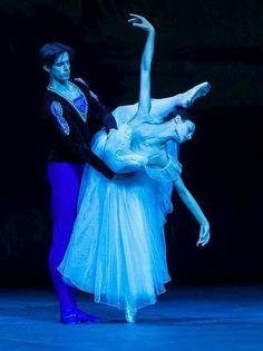 "<<Kristina Shapran and Xander Parish in ""Giselle"" # Photo © Foteini Christofilopoulou>>"