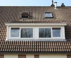 Een kunststof dakkapel met Veka kunststof kozijnen geplaatst door Benitech Kozijnen