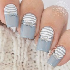 grey striped nails with bow