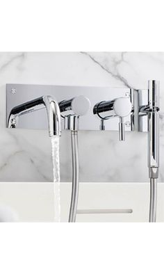 Finlay™ Wall mount Faucet | Wall mount