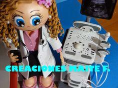 fofucha doctora medico de familia con ecografo