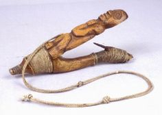 a carved halibut hook Burke Museum, Halibut Fishing, Tlingit, Artwork Display, Native Art, First Nations, North West, Art Forms, Alaska