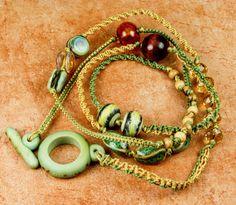 WRAP armband Lariat Macrame armband groen goud  cadeau voor