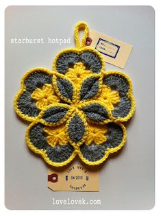 #Crochet #Starburst #Hotpad how-to from lovelovek––really like the step-by-step photos