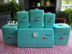 Vintage Turquoise Blue 'Lustro-Ware Canister Set & Bread Box'. WANT!!!