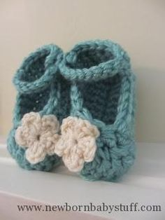 Crochet Baby Booties FREE PATTERN: Chunky Yarn Baby Booties...