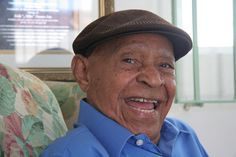 """Emilio Navarro, better known as """"Millito Navarro"""", was the first Puerto Rican to play baseball in the American Negro Leagues. Born: September 26, 1905, Patillas, Puerto Rico Died: April 30, 2011, Ponce, Puerto Rico. At the time of his death, at age 105, Navarro was also the oldest and last surviving living professional baseball player to have played in the Negro Leagues."""