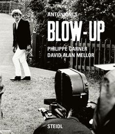 Blow up by Michelangelo Antonioni
