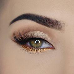 Sparkling Pineapple - Paleta cieni do powiek Makeup Eye Looks, Dramatic Eye Makeup, Makeup For Green Eyes, Eye Makeup Tips, Cute Makeup, Smokey Eye Makeup, Gorgeous Makeup, Makeup Goals, Makeup Inspo