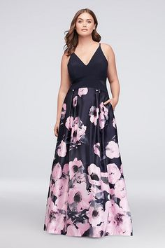 80405b983704c V-Neck Jersey and Printed Satin Plus Size Gown