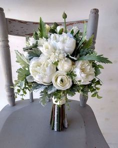 35 rustic green and white floral arrangements design ideas . - 35 rustic green and white floral arrangements design ideas - White Floral Arrangements, Flower Arrangement Designs, Wedding Flower Arrangements, Wedding Centerpieces, Tall Centerpiece, Flower Designs, Wedding Decorations, Bridal Bouquet Fall, Flower Bouquet Wedding