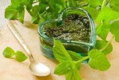 Salsa alla menta, un condimento perfetto per rendere più saporiti i piatti a base di pesce