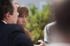 """A conhecida repórter Ana Leal foi a autora de uma reportagem que passou no canal televisivo português TVI, onde mostrou publicamente como os nossos governantes estão a esbanjar o """"dinheiro público"""""""
