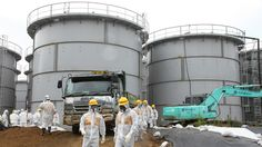 Fukushima readies for dangerous operation to remove 400 tons of spent fuel - http://thedailydrudgereport.com/2013/10/23/top-news/fukushima-readies-for-dangerous-operation-to-remove-400-tons-of-spent-fuel/