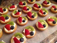 Sugar cookie fruit cup tart
