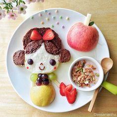 Posts about creative food displays written by Linda Lewis Cute Food Art, Food Art For Kids, Creative Food Art, Art Kids, Creative Kids, Disney Inspired Food, Disney Food, Do It Yourself Food, Food Artists