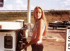Jerry Hall, Bon Entendeur, First Boyfriend, 16 Year Old, Vintage Tags, Gas Station, New Trends, Road Trip, Photoshoot