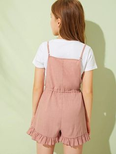 To find out about the Girls Drawstring Waist Ruffle Hem Slip Romper at SHEIN, part of our latest Girls Jumpsuits ready to shop online today! Dresses Kids Girl, Kids Outfits Girls, Cute Girl Outfits, Cute Outfits For Kids, Baby Dresses, Dress Girl, Jumpsuits For Girls, Girls Rompers, Girls Fashion Clothes