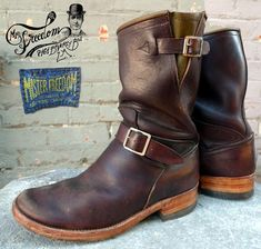 Quite fancy me a pair of these. Rock Boots, Biker Boots, Motorcycle Boots, Brown Leather Ankle Boots, Leather Men, Bottes Red Wing, Men's Shoes, Shoe Boots, Shoes Style